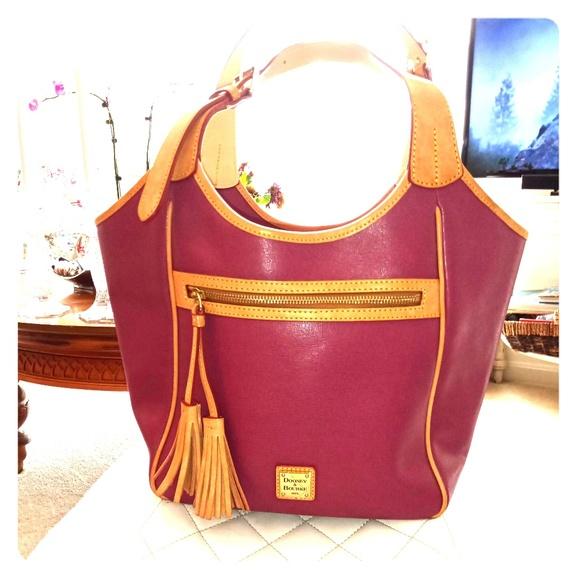 Dooney & Bourke Handbags - Fresh&Clean DOONEY&BOURKE  bag!